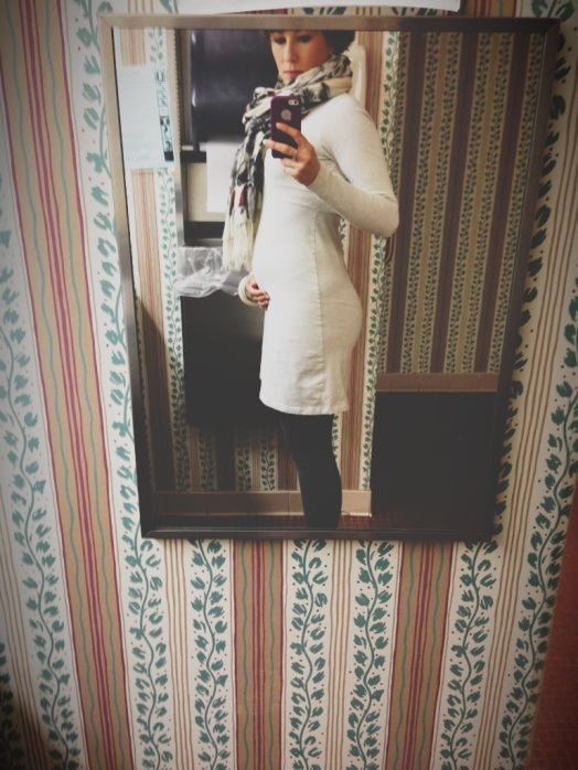 It's been a while since we had a bad bathroom cell phone photo. Chicken Lump is growing (as is the Badonkadonk). The boobs... not so much. Solution? Add scarf to balance out ass and boobs. Did it work? (Humor me and tell me lies, sweet little lies!)